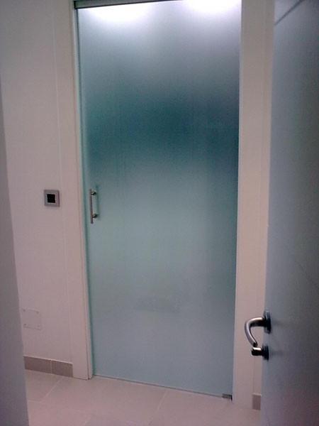 Puertas de paso de cristal abatibles o correderas - Puertas de paso correderas ...